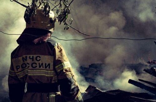 В МЧС разъяснили, можно ли разжигать огонь на даче.